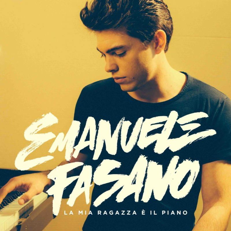 Spettacolo: Chi è il Pianista della stazione Emanuele Fasano?