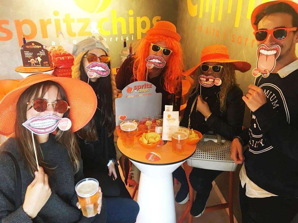 SPRITZ&CHIPS: il nuovo locale per gli happy hour pieni di sorrisi!